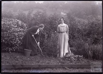 Suffragettes Jessie and Kitty Kenney 1910