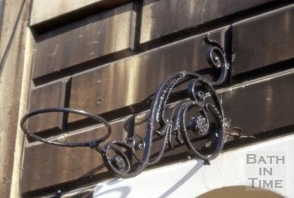 Lampholder detail, 5, Marlborough Buildings, Bath 1966