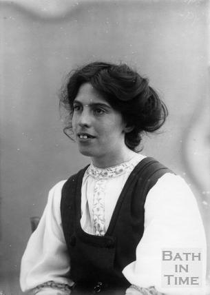 Suffragette Jessie Kenney 1909