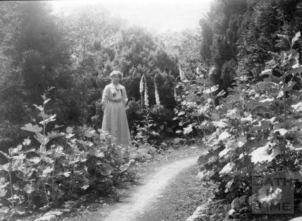 Suffragette Elsie Howey 1910