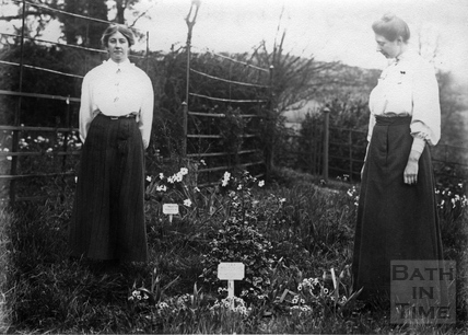 Suffragettes Elsie Howey and Mary Blathwayt 1909