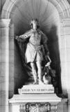 Hotel de Ville;Statue of Louis XV
