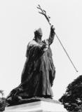 Statue of Cardinal Lavigerie