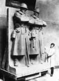 Two soldiers for the Anglo-Belgian War Memorial, Brussels