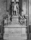 Guildhall;Monument to the Duke of Wellington