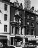 82 Mortimer Street
