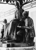 Statue of Dean Colet