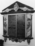 Saint Michael's Church;Monument to Robert Bertie, 1st Earl of Lindsey