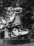 Monument to Guy de Maupassant