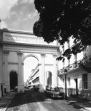Triumphal Arch at south end of Chester Terrace