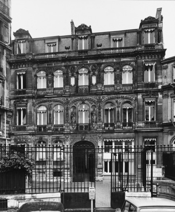 Apartments at No.28 Place Saint Georges