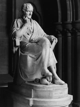Statue of John Dalton