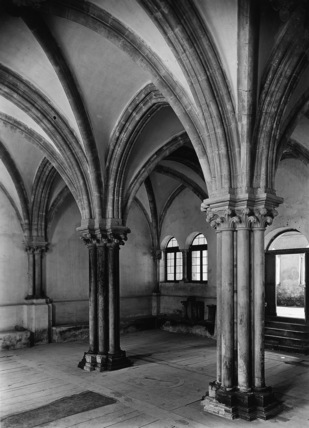 Abbey of Fossanova;Chapter House