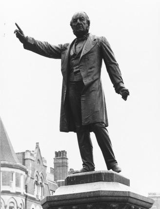 Statue of W. E. Gladstone