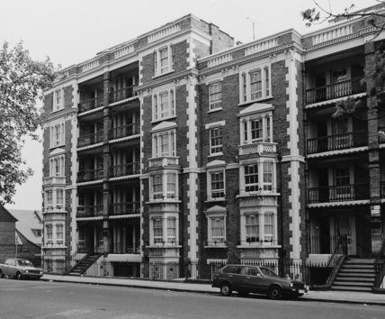 Leopold Buildings, improved industrial dwellings