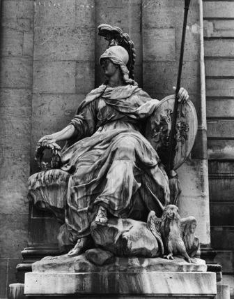 Hotel des Invalides;Statue of Minerva