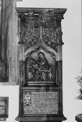 Monument to M. E. Hadfield