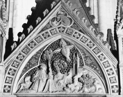 San Lorenzo Maggiore;Tomb of Caterina d'Austria