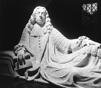 Monument to Heneage, Earl of Nottingham