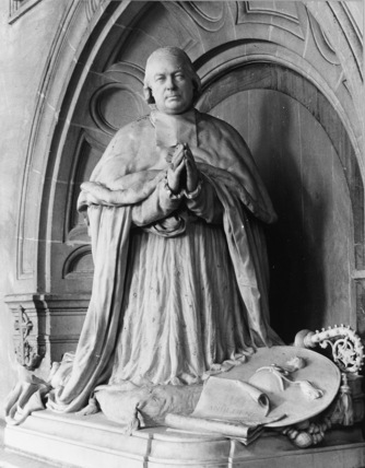 Monument to Cardinal Giraud