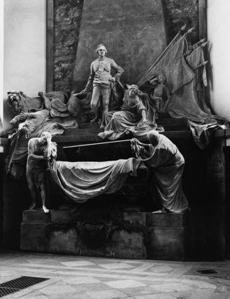 St Thomas;Tomb of the Marechal de Saxe