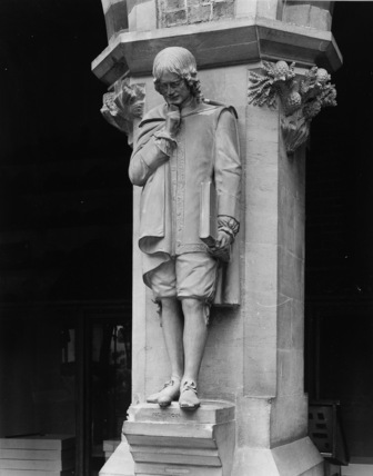 Oxford University Museum of Natural History;Statue of Sir Isaac Newton