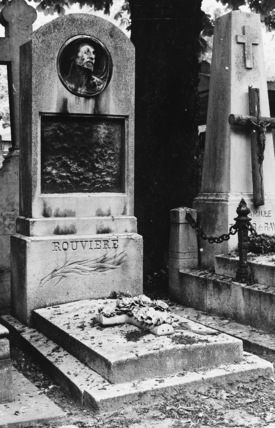 Tomb of the actor Rouviere