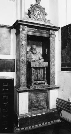 Monument to John Stow
