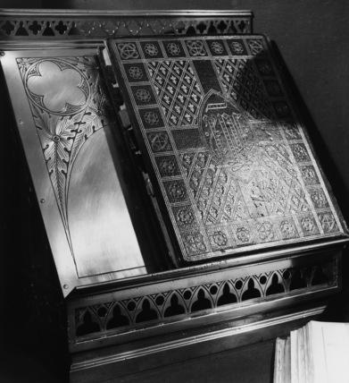 Altar desk
