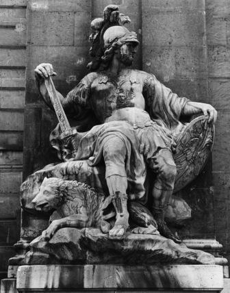 Hotel des Invalides;Statue of Mars