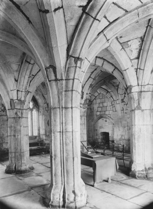 Valle Crucis Abbey;Chapter House