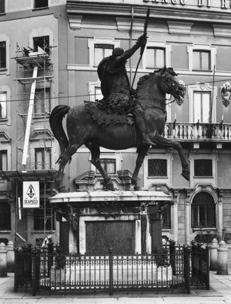 Statue of Ranuccio Farnese