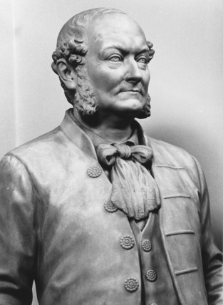 Royal Opera House;Statue of Frederick Gye
