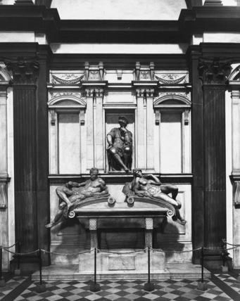 San Lorenzo, New Sacristy;Tomb of Lorenzo de' Medici