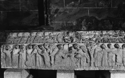 Santa Maria La Real;Tomb of Dona Blanca