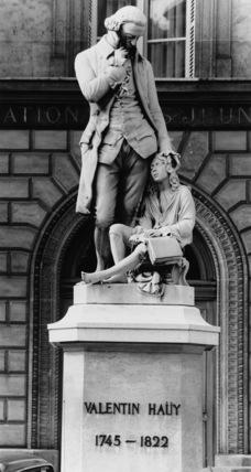 Monument to Valentin Hauy