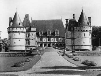 Chateau de Mesnieres