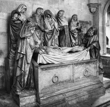 Notre Dame;Entombment Group