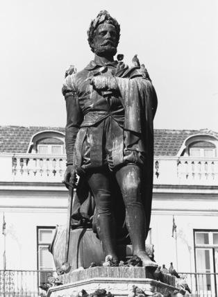 Monument to Luiz de Camoes