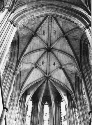 Monastery of Santa Maria da Vitoria;Monastery Church