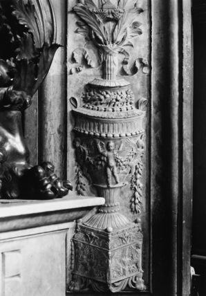 San Lorenzo;Church;Old Sacristy;Tomb of Giovanni and Piero de' Medici