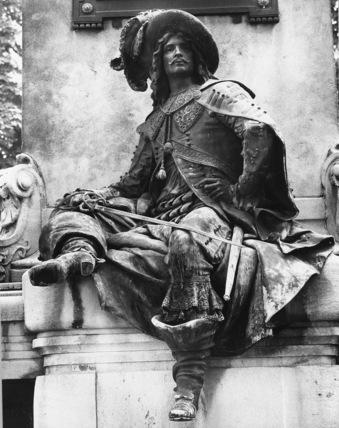 Monument to Alexandre Dumas
