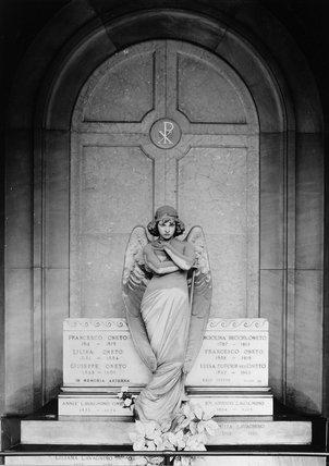 Camposanto di Staglieno;Monument to the Oneto family
