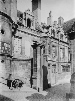 Hotel de Mondrainville