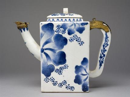 Porcelain ewer with underglaze blue decoration and European silver-gilt mounts
