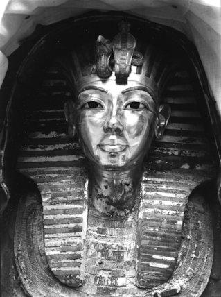 First glimpse of the gold mask of Tutankhamun