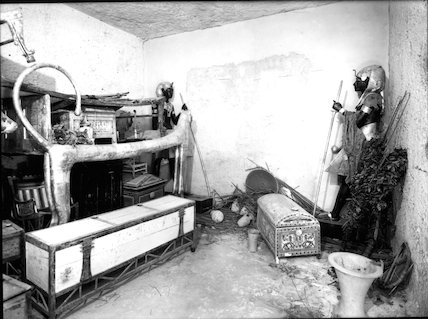 Antechamber showing objects in situ at north end